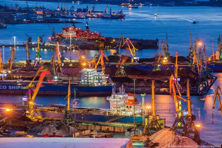 Панорама порта Мурманск