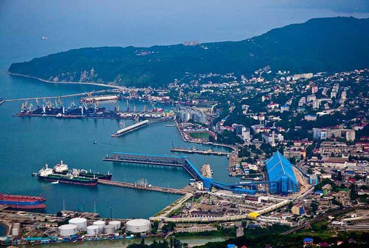 Панорама порта Туапсе