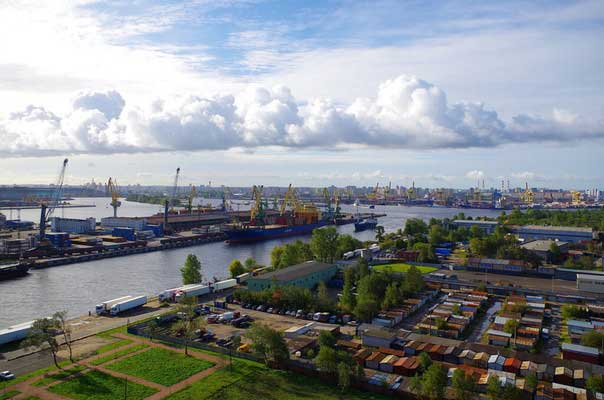 Панорама порта Санкт-Петербург